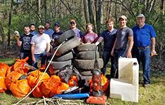 Forestry students clean up woods for Earth Day