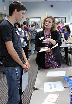 Career Services speaks with a new student at New Student Orientation
